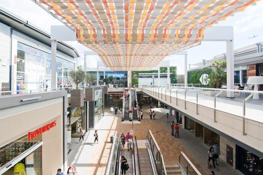 Busy shopping centre in Palma de Mallorca
