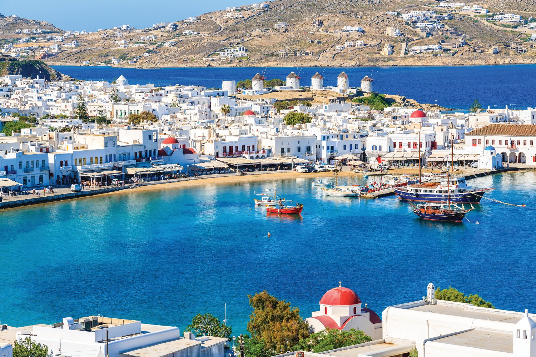 Which Greek Island is best for nightlife, Mykonos town