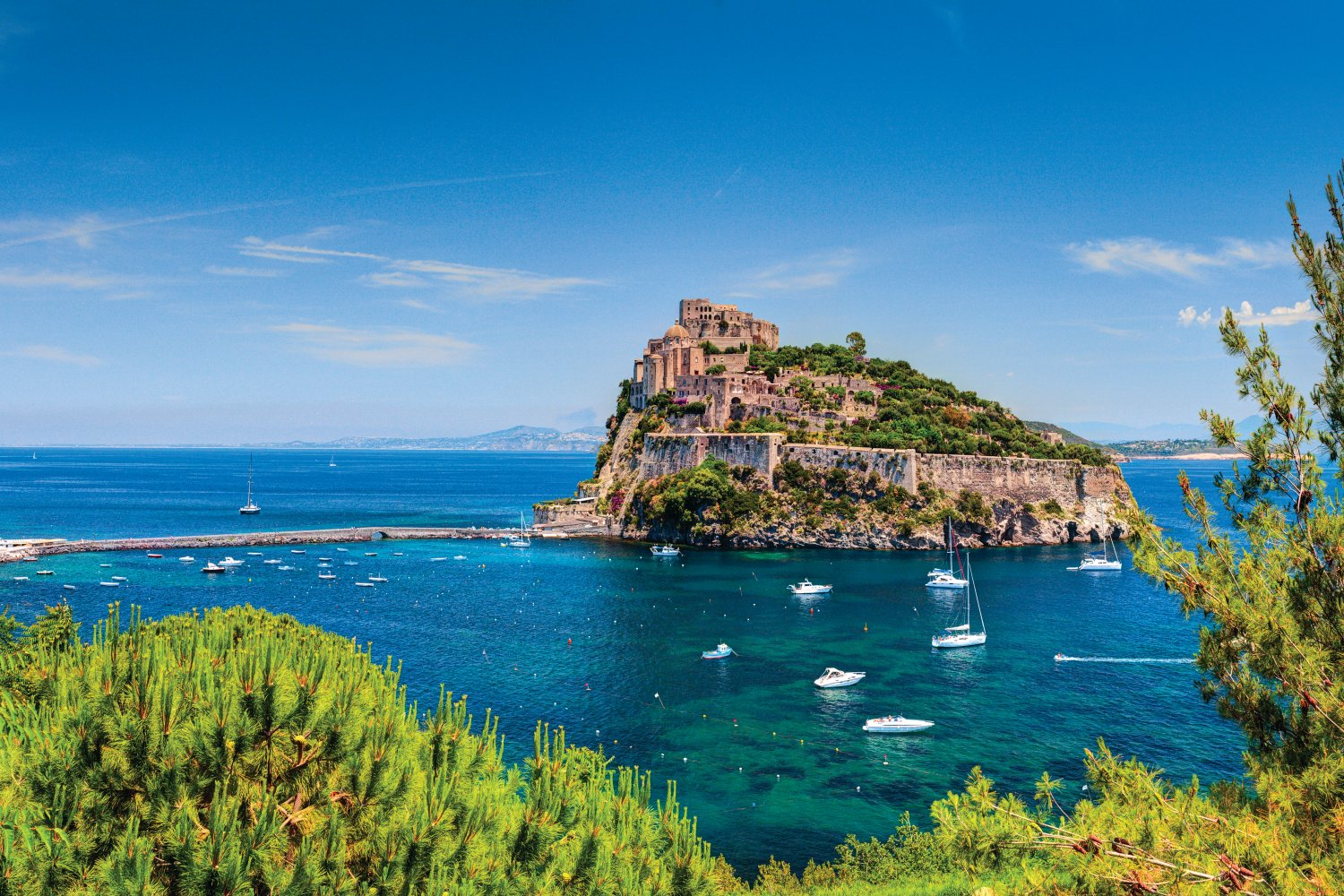 things to do in Ischia, Aragonese castle