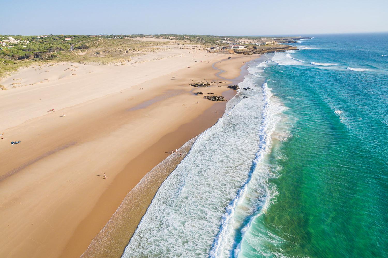 beaches near lisbon