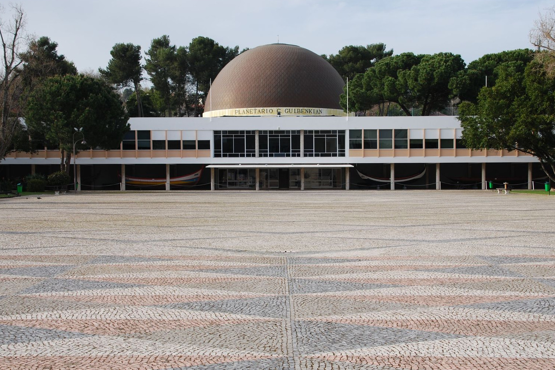 gulbenkian museum, exterior