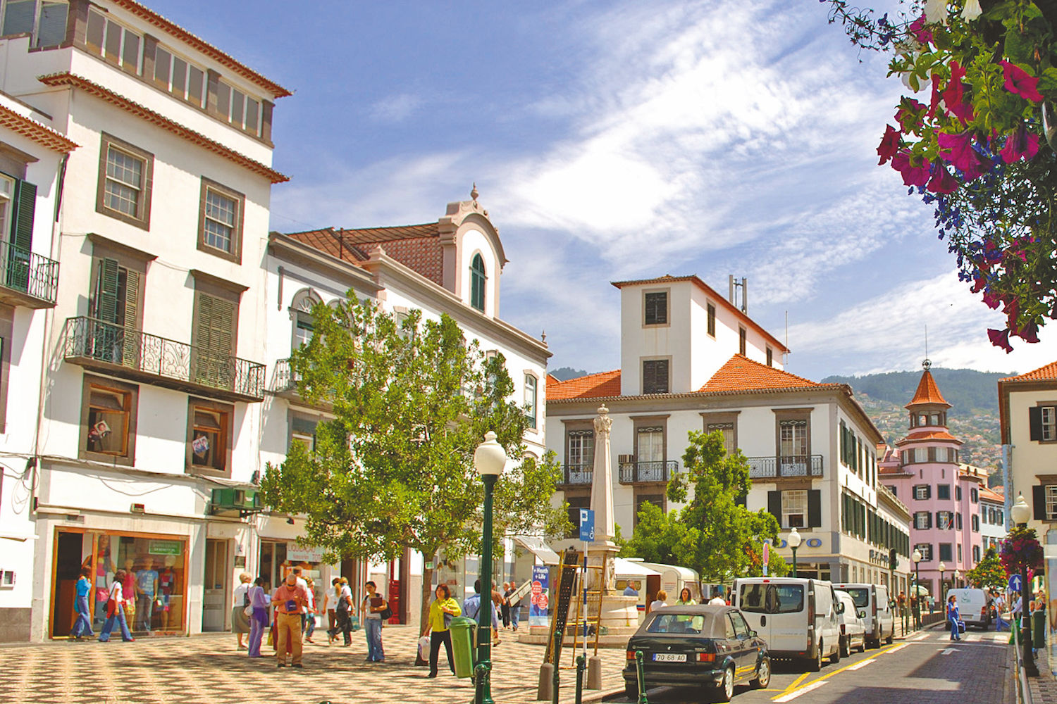 shopping in funchal town centre