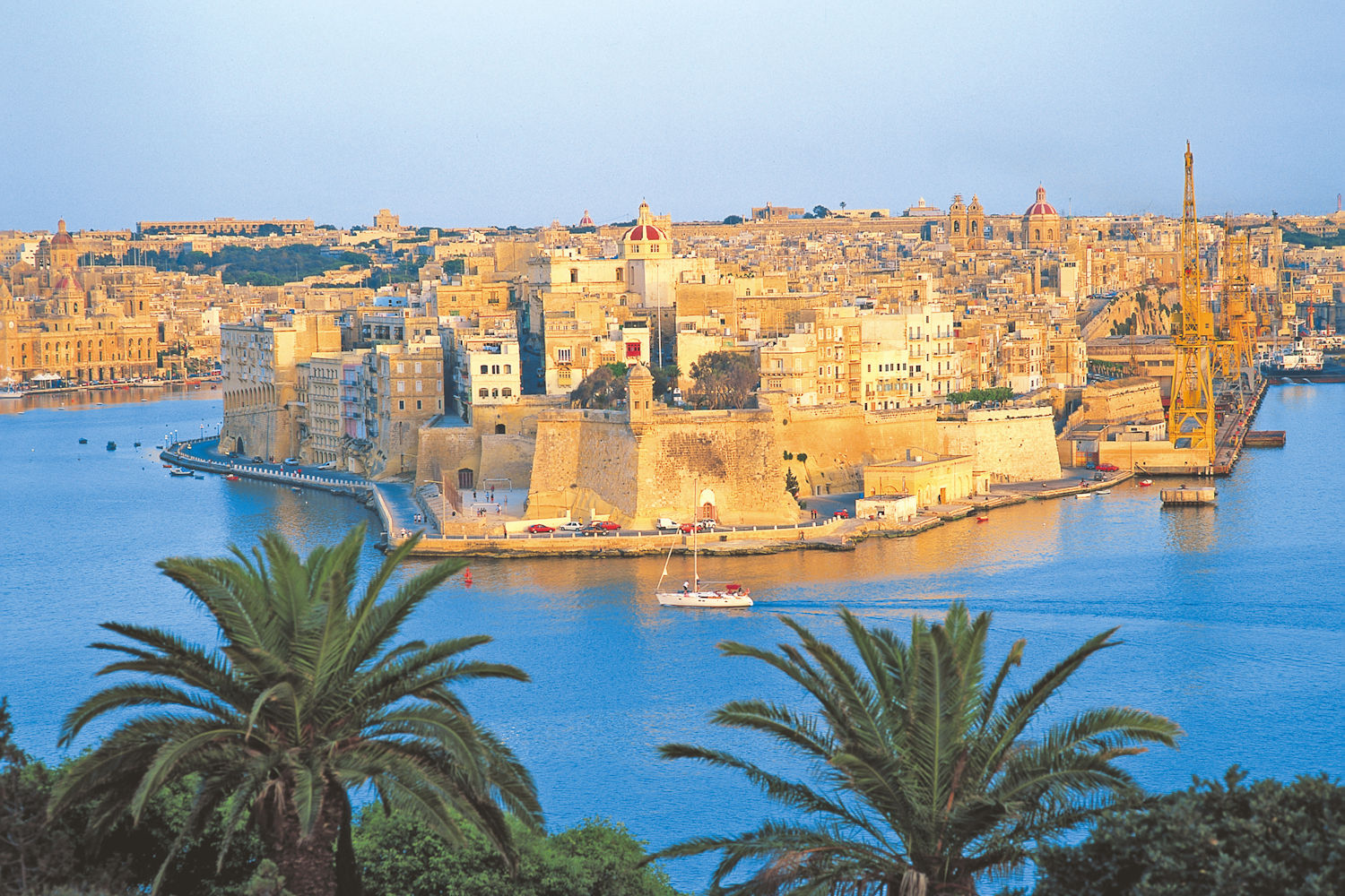 the grand harbour valletta