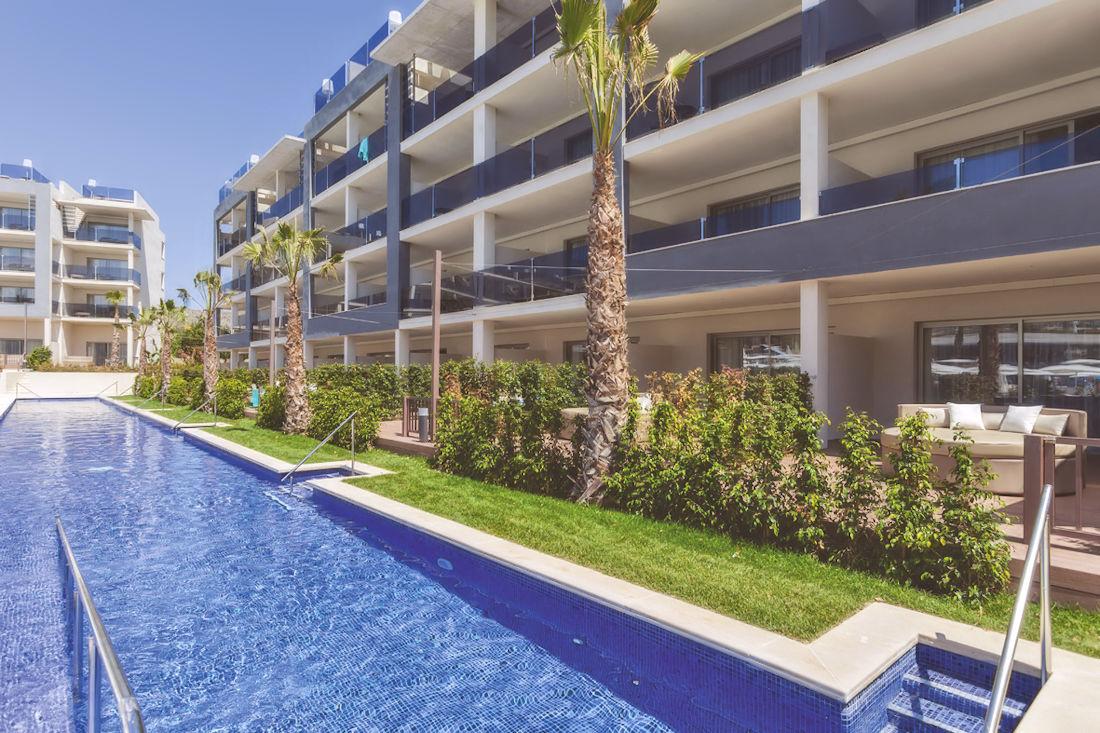 Swim Up Family Suite at Zafiro Palace Alcudia, Mallorca