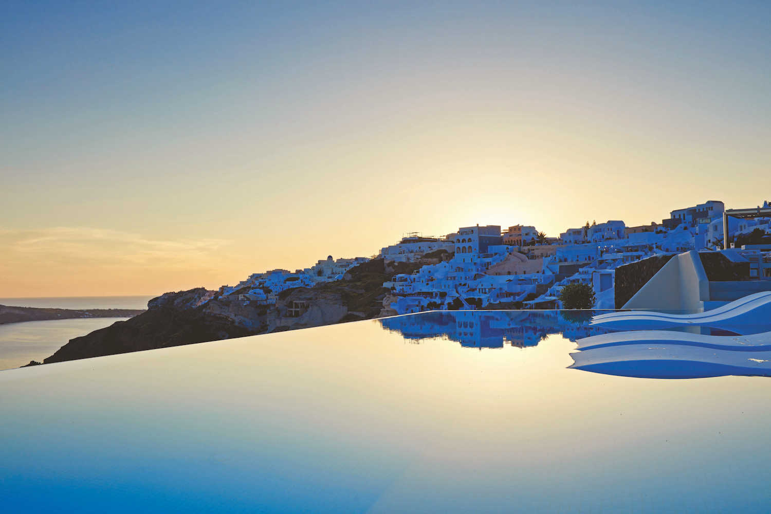 canaves oia suites, infinity pool at sunset