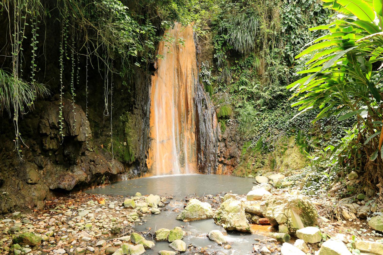 Diamond Falls waterfall