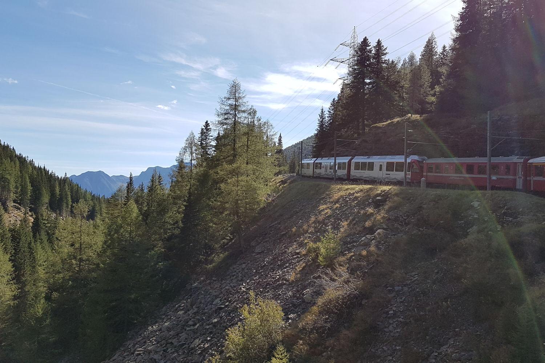 bends in railway