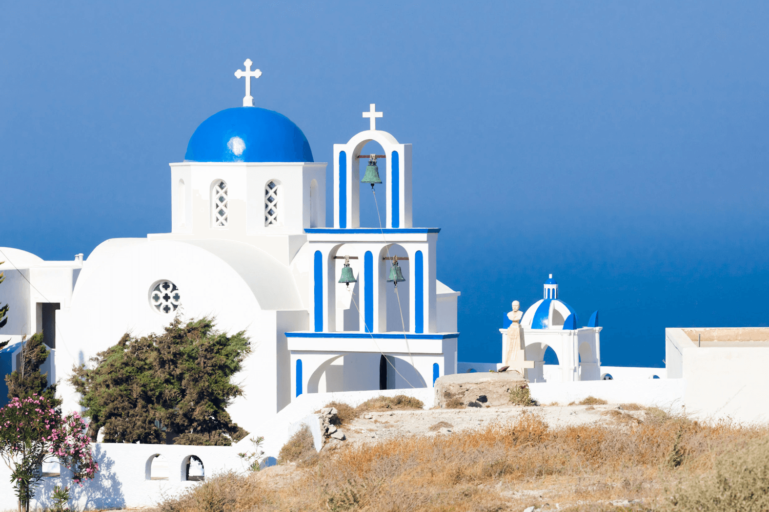 Santorini, Pyrgos church