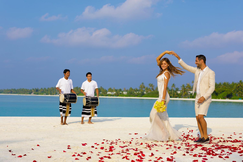 Wedding Couple at Kandima